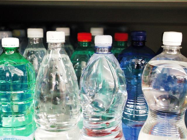 La plastic tax è pronta. Ecco quanto pagheremo