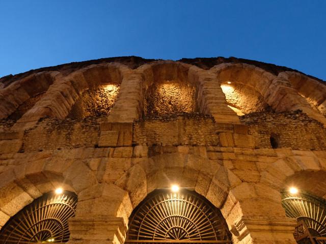 Volkswagen Group Italia ancora insieme all'Arena di Verona Opera Festival