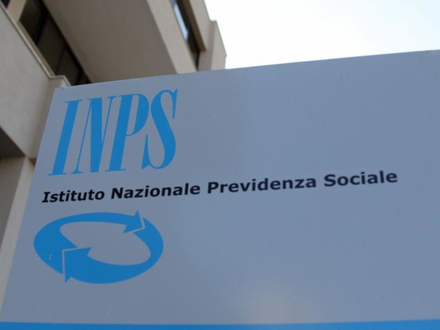 Reddito di cittadinanza: Inps ricaricherà oltre 480 mila carte tra il 20 ed il 25 aprile