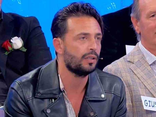 Uomini e donne, oggi Armando e Veronica hanno chiuso: scontro in puntata, le ultime news | video Witty tv