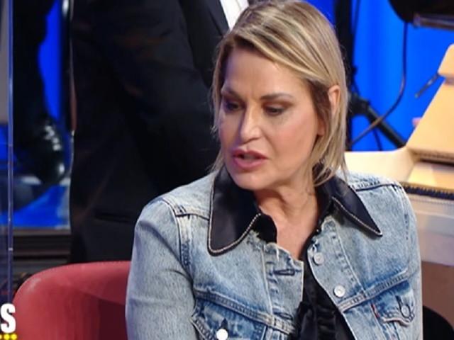 """Simona Ventura: """"Volevo sposarmi, ma senza mascherina"""""""