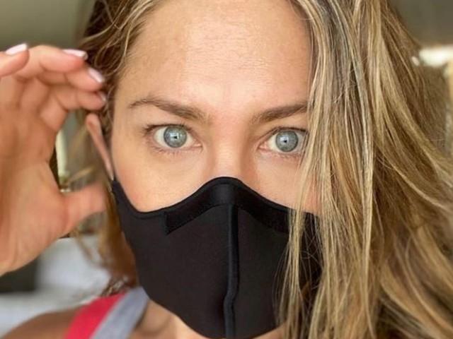 """Jennifer Aniston: """"Ho chiuso con amici non vaccinati contro il Covid-19"""""""