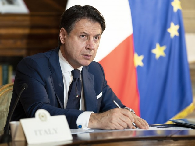 Giuseppi: mai più con Renzi. Il giallo del parcheggio