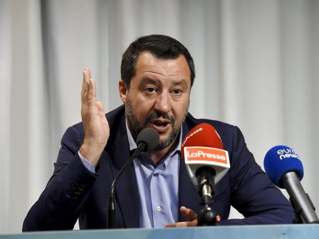 Autonomia, migranti e Russiagate, Salvini continua a fare il duro perché non esiste opposizione