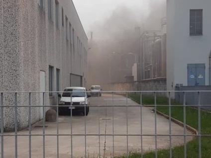 Filago, rogo in un'azienda del polo chimico Brucia plastica, lo stabilimento evacuato