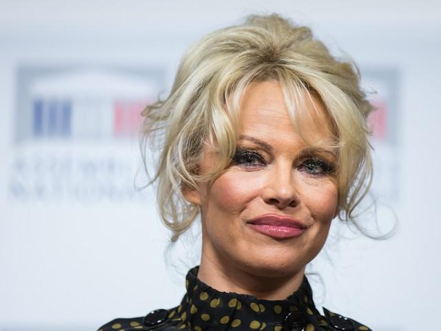 Pamela Anderson, l'ex marito ha già una nuova compagna