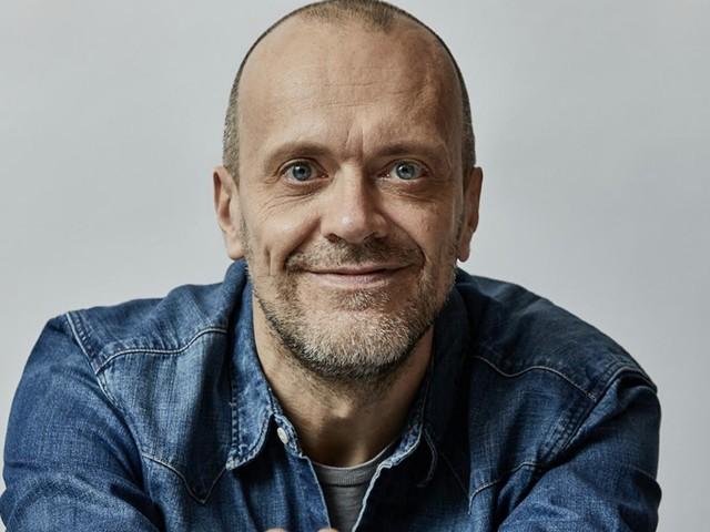 """Max Pezzali a FqMagazine: """"Lavorare senza live è come avere le gambe tagliate. Se toglieranno i concerti nel 2021, dovremo reinventarci"""""""