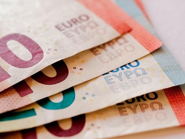Popolo di santi e formichine: raddoppiati i soldi degli italiani