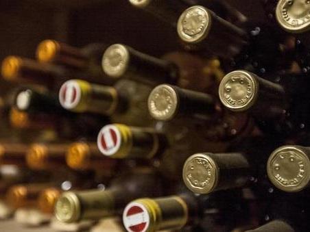Investimenti doc: il vino d?annata meglio della Borsa, +250% in 15 anni per le bottiglie da collezione