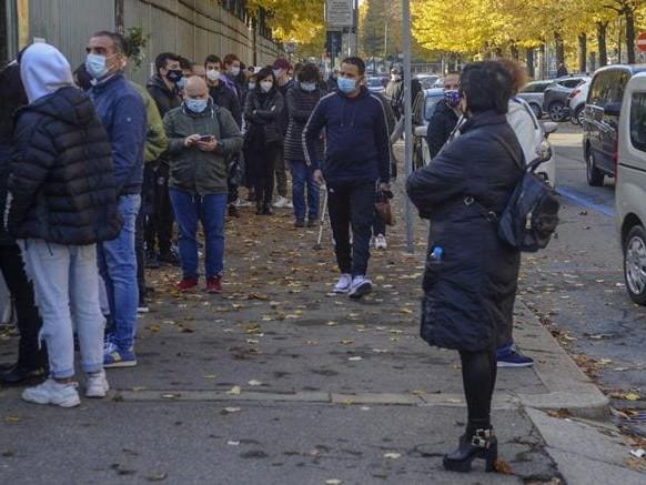 Coronavirus, ultimi dati: in Italia 19.644 nuovi contagi, con 177.669 tamponi, 151 vittime