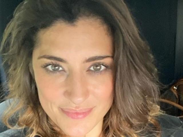 Elisa Isoardi, spiacevole imprevisto a poche ore da 'Ballando con le Stelle': si mostra proprio così