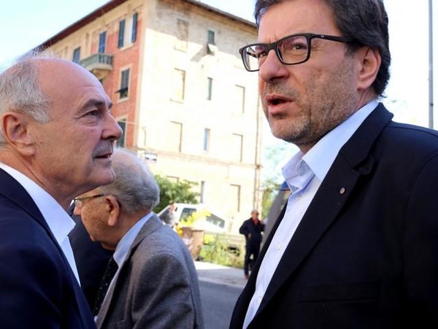 Macerata, colpo di scena all'inaugurazione della sede della Lega: riappare Remigio Ceroni (FOTO)