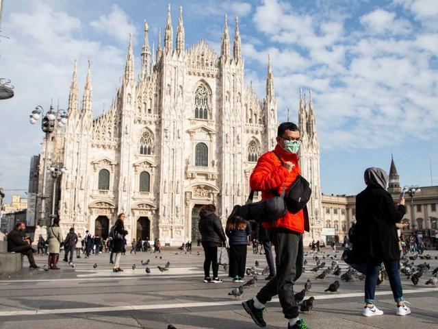 Milano 2030 - Il consiglio approva il Piano Aria Clima: guerra allauto e parcheggi dimezzati