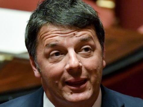 """Commerciante uccide il ladro, Renzi a Salvini: """"Devi fare il ministro, non lo sciacallo"""""""