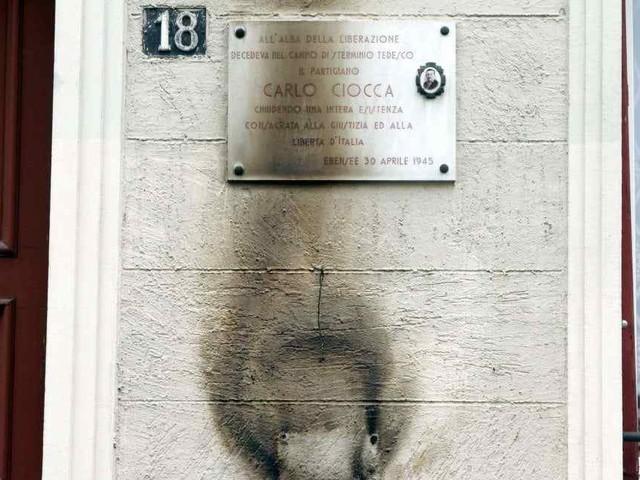25 Aprile 2019, c'è chi festeggia e chi vandalizza: cresce il numero di scempi di stampo fascista