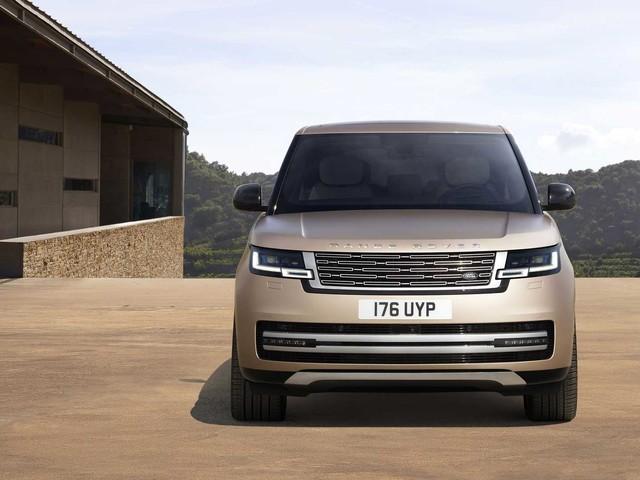Nuova Range Rover, la più lussuosa di sempre per tornare Regina