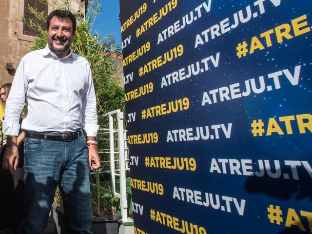 """Salvini ad Atreju: """"Conte? Mai conosciuto un voltagabbana così"""""""