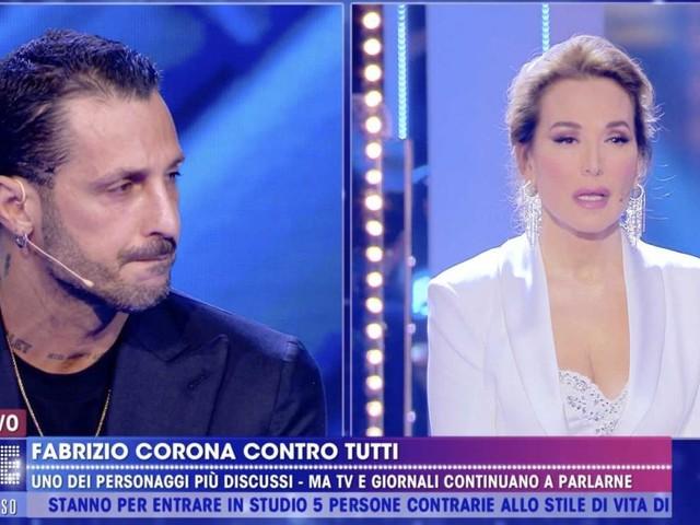Barbara D'Urso costretta ad interrompere l'intervista a Corona: coprifuoco alle 23:00