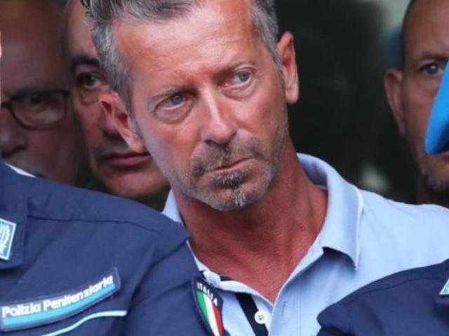 """Delitto Yara Gambirasio, """"la frase di Massimo Bossetti alla moglie dopo l'arresto"""""""