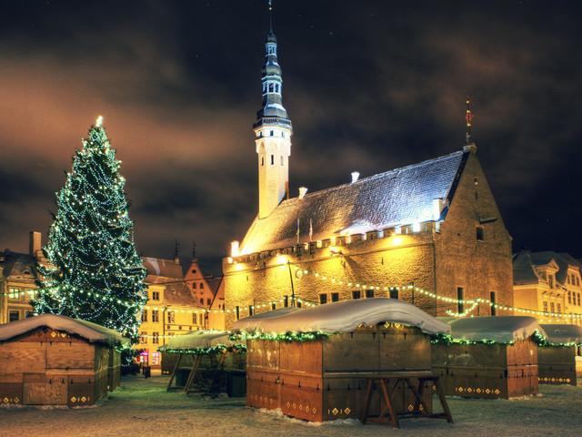 6 itinerari di viaggio da fare nel weekend dell'8 dicembre (aspettando Natale)