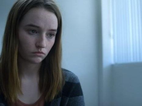 Il trailer di Unbelievable su Netflix, un vero caso di stupri seriali diventa una serie tv