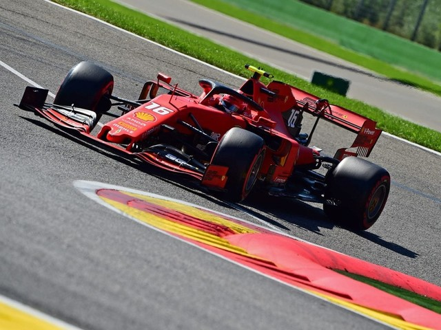 F.1, Gp del Belgio - Prima fila Ferrari: pole per Leclerc