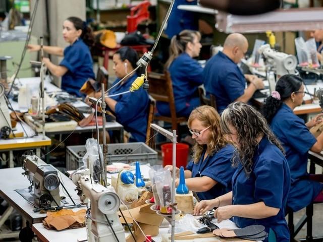 Produzione industriale calo record: -1,4%. Tutti i numeri della crisi