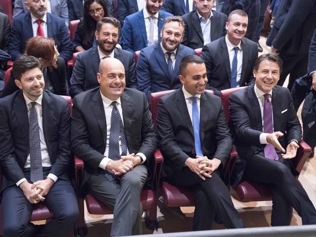L'ombra del voto anticipato: M5S pronto ad allearsi col Pd?