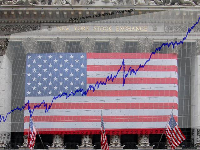 Poco mossa la borsa americana. Dow supera 23.000 punti
