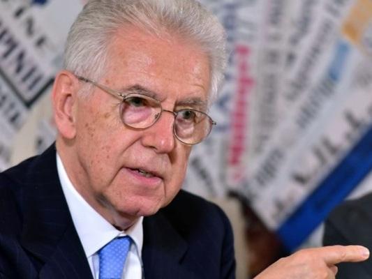 """Monti dice di guardare """"con molto interesse"""" il movimento delle Sardine"""