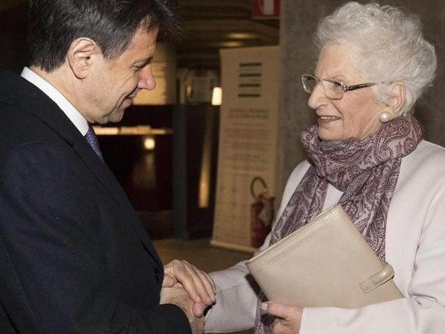 """Conte visita il Memoriale della Shoah con Liliana Segre: """"Esperienza molto forte, lei è un patrimonio per tutti noi"""""""