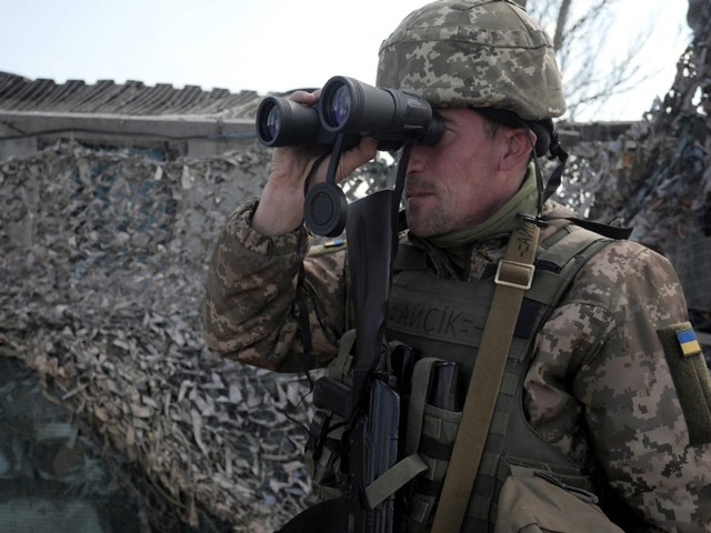 Ukraine soldiers killed as tensions rise in eastern areas
