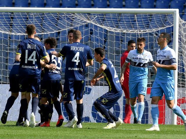 Serie A, Lazio tonfo Champions. Ok Torino, Spal e Cagliari