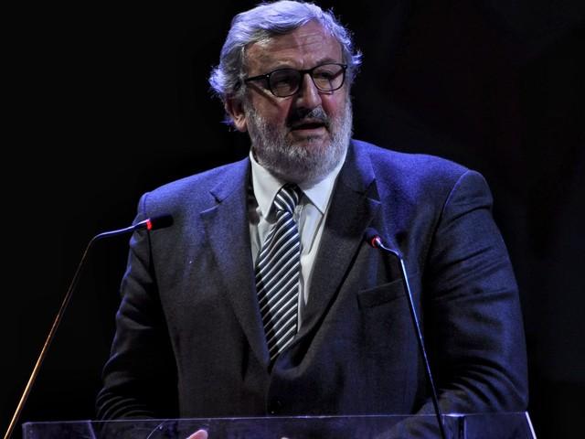 """Emiliano: Ilva, """"se non fosse mai esistita sarei felice"""" Il governatore pugliese: Taranto non ci ha guadagnato nulla"""