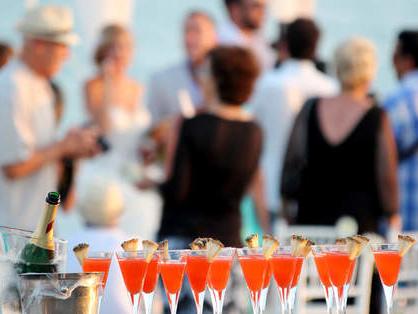 Wedding Cocktail Party: un'alternativa fresca e divertente al classico banchetto