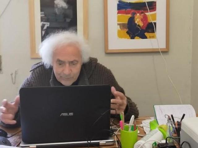 """""""La musica fa l'accordo"""", padre Armando Pierucci 'suona' per gli alunni dell'I.C.'V.Monti' di Pollenza"""