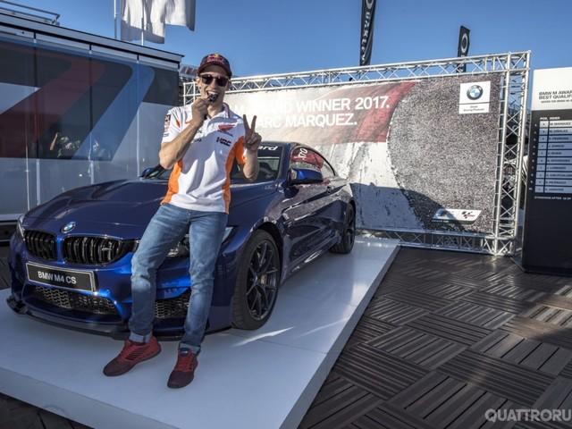 BMW - Marc Marquez premiato con una M4 CS