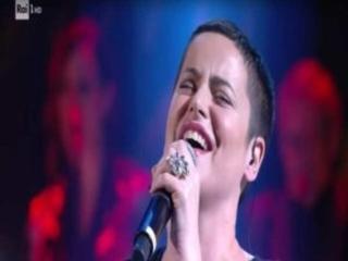 Patty Pravo e Silvia Salemi sbagliano la canzone: imbarazzo ad Ora o Mai Più