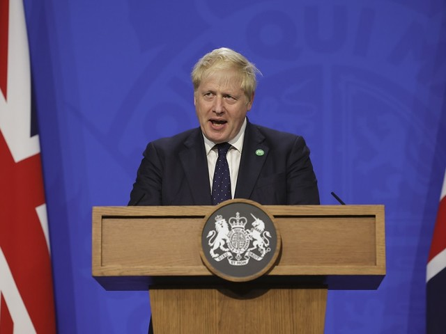 Clima, Boris Johnson: tutti dicono che bisogna fare qualcosa ma poi non lo fanno