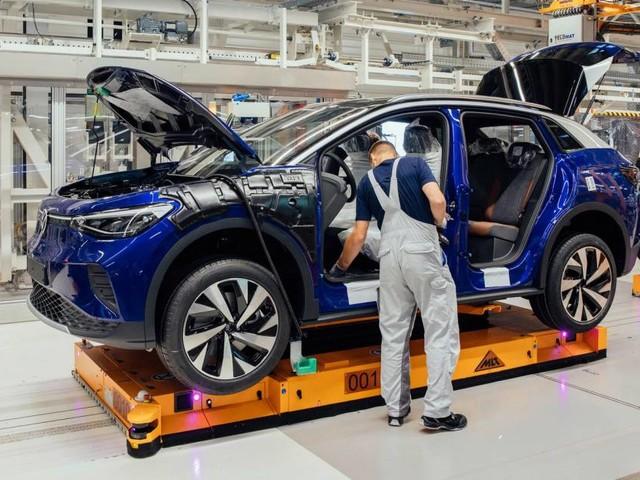 Auto elettriche - Le fabbriche europee della mobilità a batteria