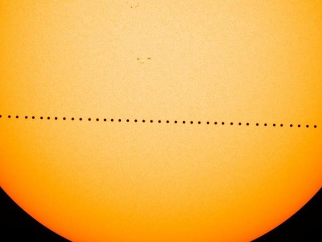 Tutto quello che c'è da sapere sul passaggio di Mercurio davanti al Sole