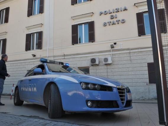 Spacciava sulla Braccianese, arrestato dalla Polizia