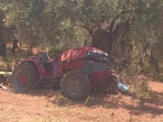 Incidente sul lavoro a Lamezia Terme, muore un 49enne Il trattore si capovolge su una strada interpoderale e lo schiaccia