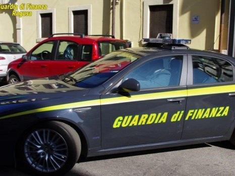 Giocatori online e pusher, scoperti 47 furbetti del reddito di cittadinanza nel Ragusano
