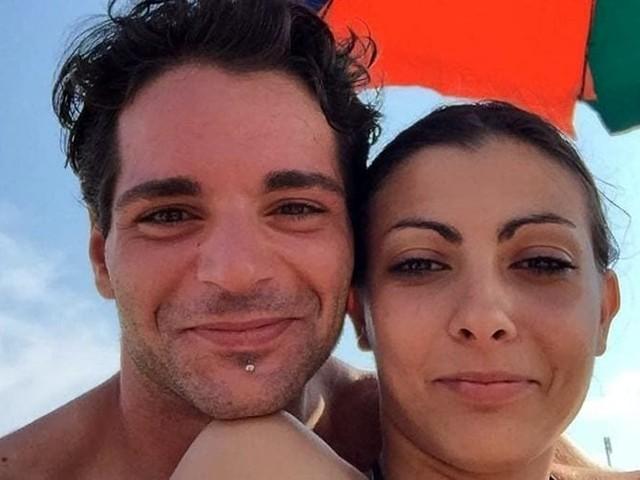 """Strangola la moglie, morta dopo 9 giorni: """"Nessuno ti amerà come me"""""""