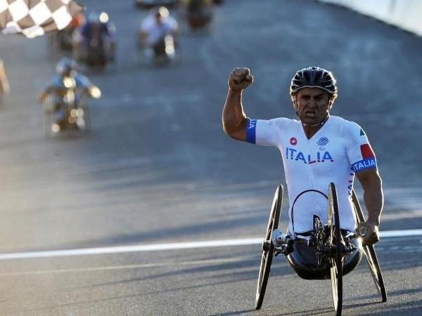 Zanardi: 'Olimpiadi rinviate? Una notizia che mi taglia le gambe. Ma mi farò trovare pronto nel 2021, a 54 anni...'