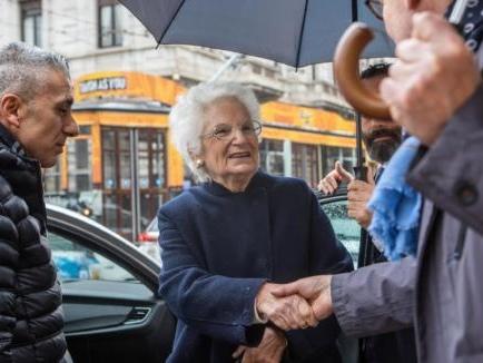 Pescara nega la cittadinanza onoraria a Liliana Segre