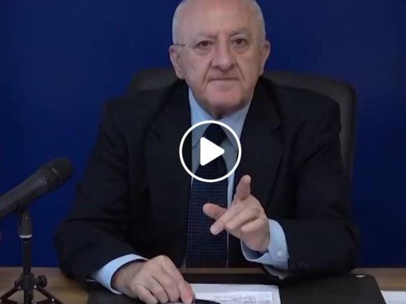 """Vincenzo De Luca, dure accuse a opposizione e M5s: """"Hanno paura di andare a votare"""""""