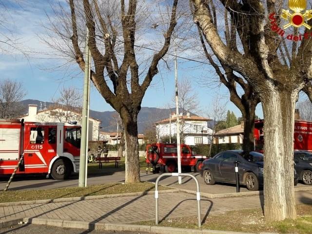 Camper perde gas, intervento dei Vigili del fuoco nel park di Prato Santa Caterina