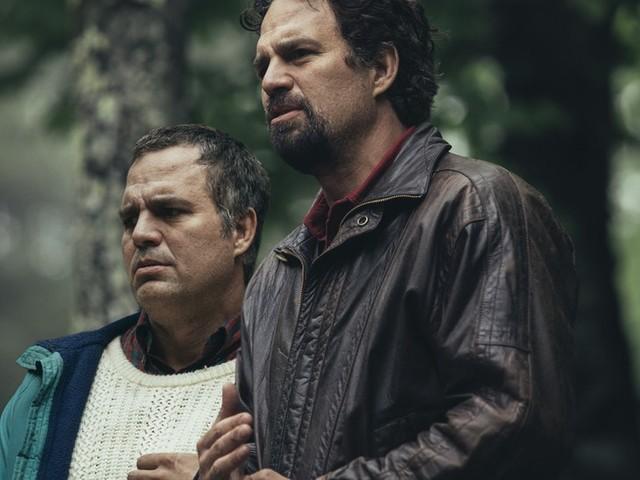 "Mark Ruffalo si fa in due per la serie HBO ""I Know This Much Is True"""